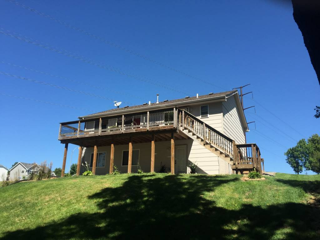 5175 Pine Valley Dr, Pleasant Hill, IA 50327 (Off Market ...